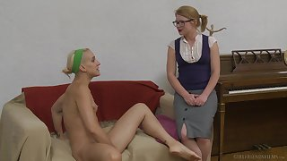 Lesbian Dylan Ryan masturbates with toys while her girlfriend watches