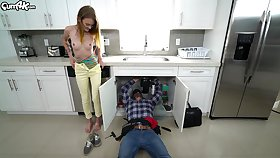 Plumber uses his throbbing pipe to restrain Dani Lynn's dripping wet pussy